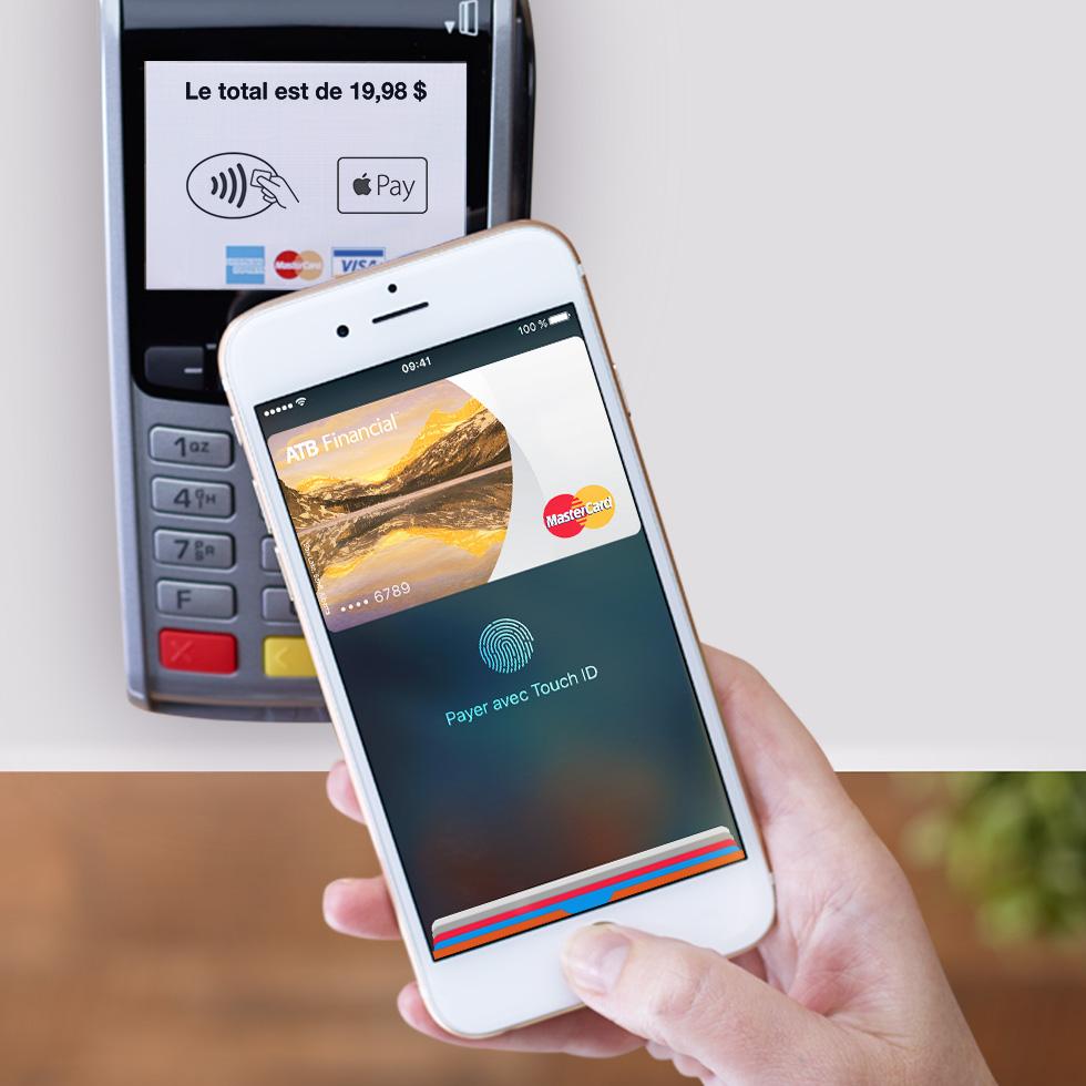 4fafdea0f5bc06 Il existe deux façons d effectuer un paiement avec l iPhone   approchez  votre téléphone à 2,5 cm du terminal. Ou double-cliquez sur le bouton  Accueil de ...